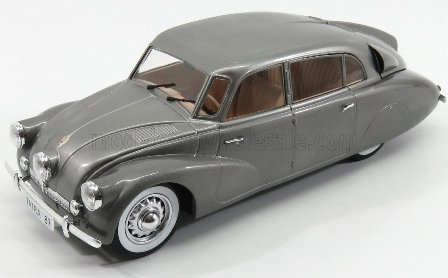 Model Car Group - 1:18 Scale